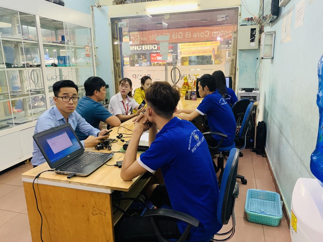 Cửa hàng laptop cũ giá rẻ nhất Quận Tân Phú TPHCM