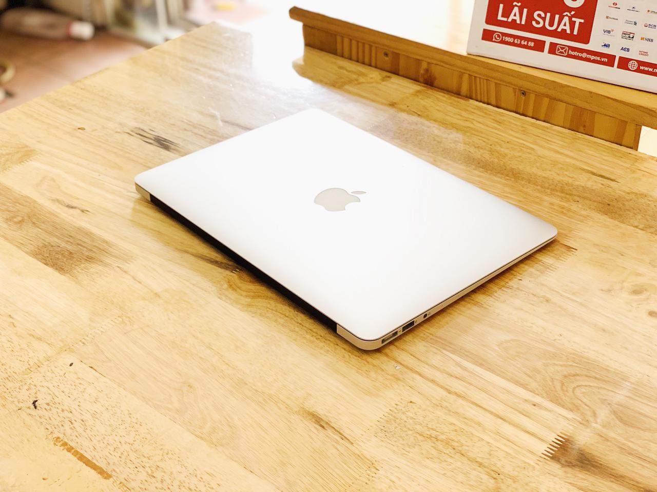 Macbook Air 13-inch,Mid 2012