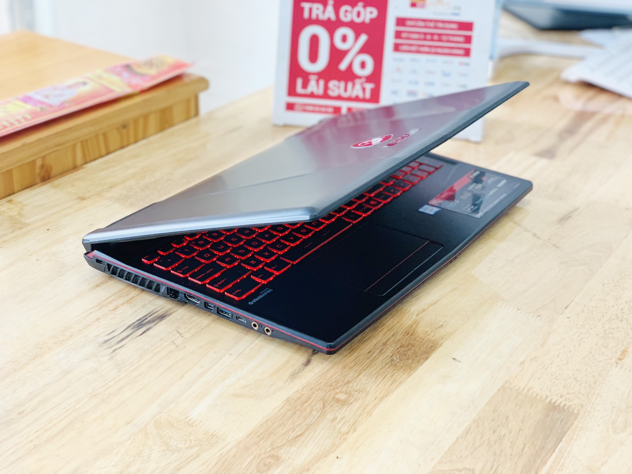 Laptop Gaming MSI GL63 i7-8750H