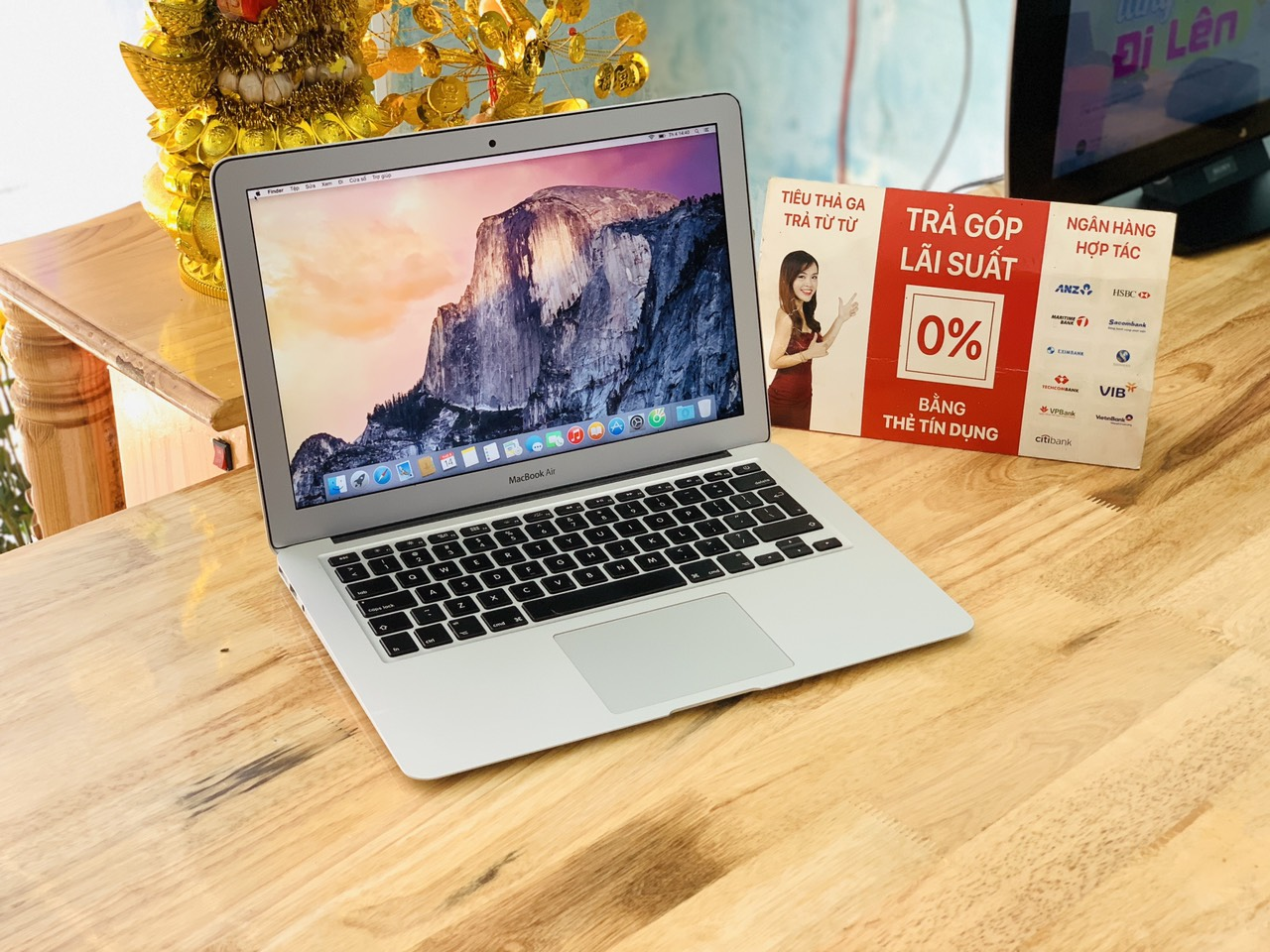 Macbook Air 2014 i5 Ram 4GB SSD 128GB 13inch máy Like New