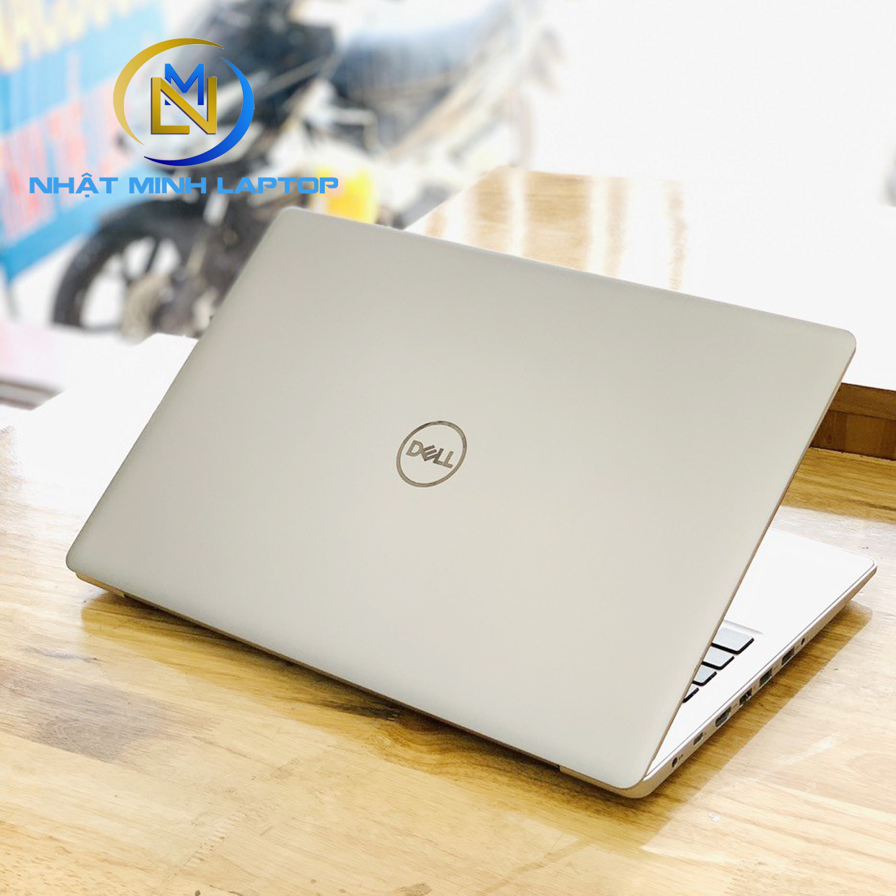 Laptop Dell inspiron 5570 i7-8550U Ram 8G SSD 256G Vga Rời 4G 15.6 inch Full HD Like New